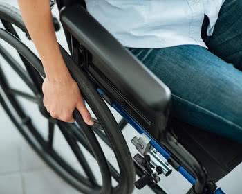 Como o eleitor com deficiência pode ser transferido para a seção especial